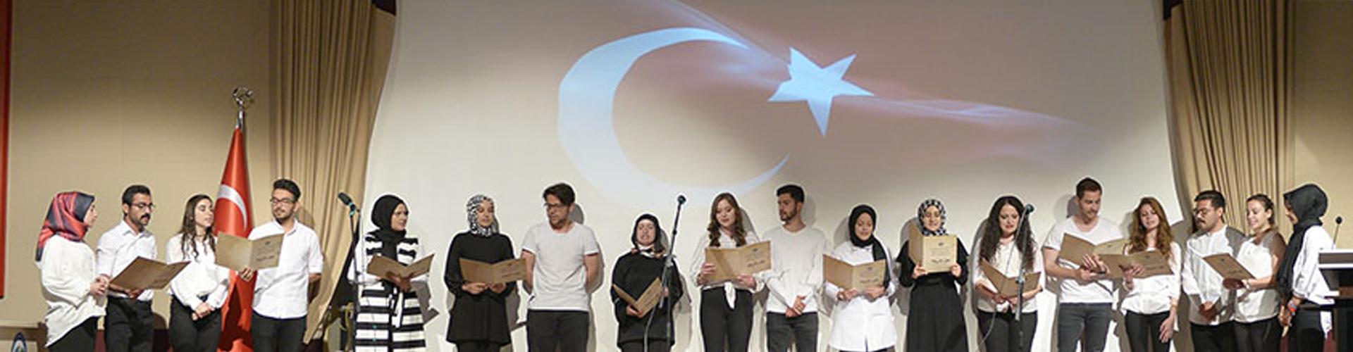 Genç Öğrencilerden Gençlik Bayramı'na Özel Program